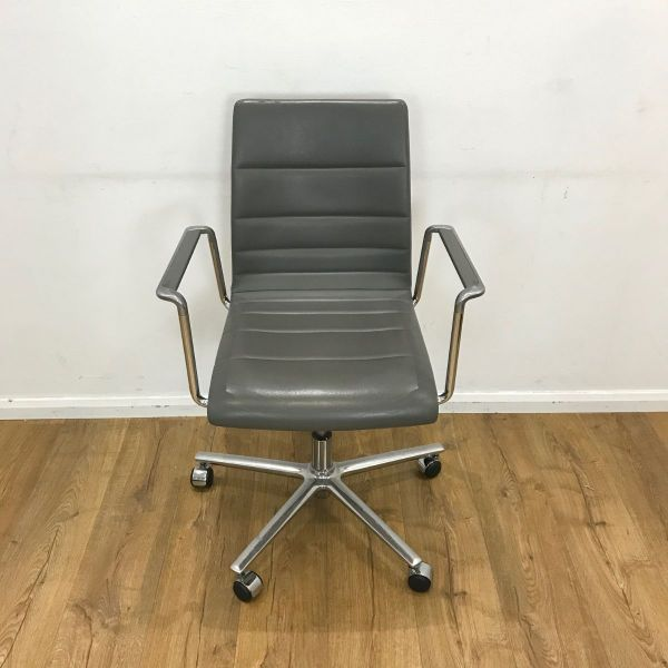 Brunner finasoft grey used chair