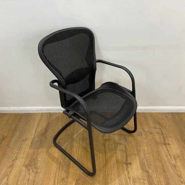 used herman miller aeron meeting chair size b